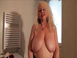 granny dana strip in bathroom