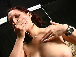 Naughty brunette posing as a whore in the bench of a park is fucked