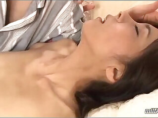 Skinny Milf Getting Her Hairy Pussy Fucked With their Toys Fingered Sucking Young Guy