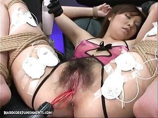 Japanese Bondage Sex Extreme BDSM Punishment of Ayumi Pt.