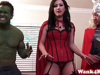 Superhero cosplay babe in fourway facialized