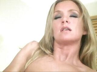 Mature solo masturbation