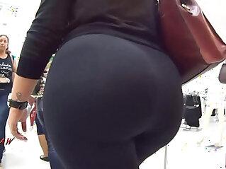 Candid Big Booty Bubble Butt Culo Mega Brazil Thick Pawg BBW Premium