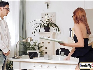 Euro boss Susana Melo gives blowjob for her lunch break