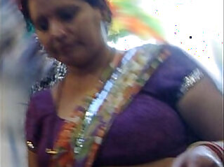 busty indian aunty