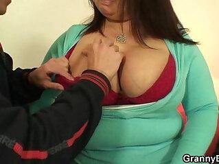 Busty plumper spreads her legs for a stranger