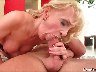 Sexy Busty Housewives Fucked By Big Cocks MilfThing